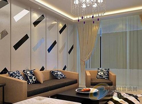通常用什么玻璃做电视背景墙面彩晶玻璃面的制作流程【热点生活】
